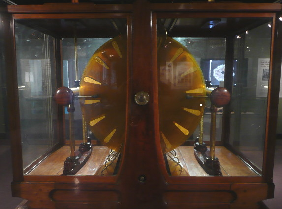 Wimshurst Machine